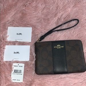 Brand New Coach Small Wristlet (Black/Brown)